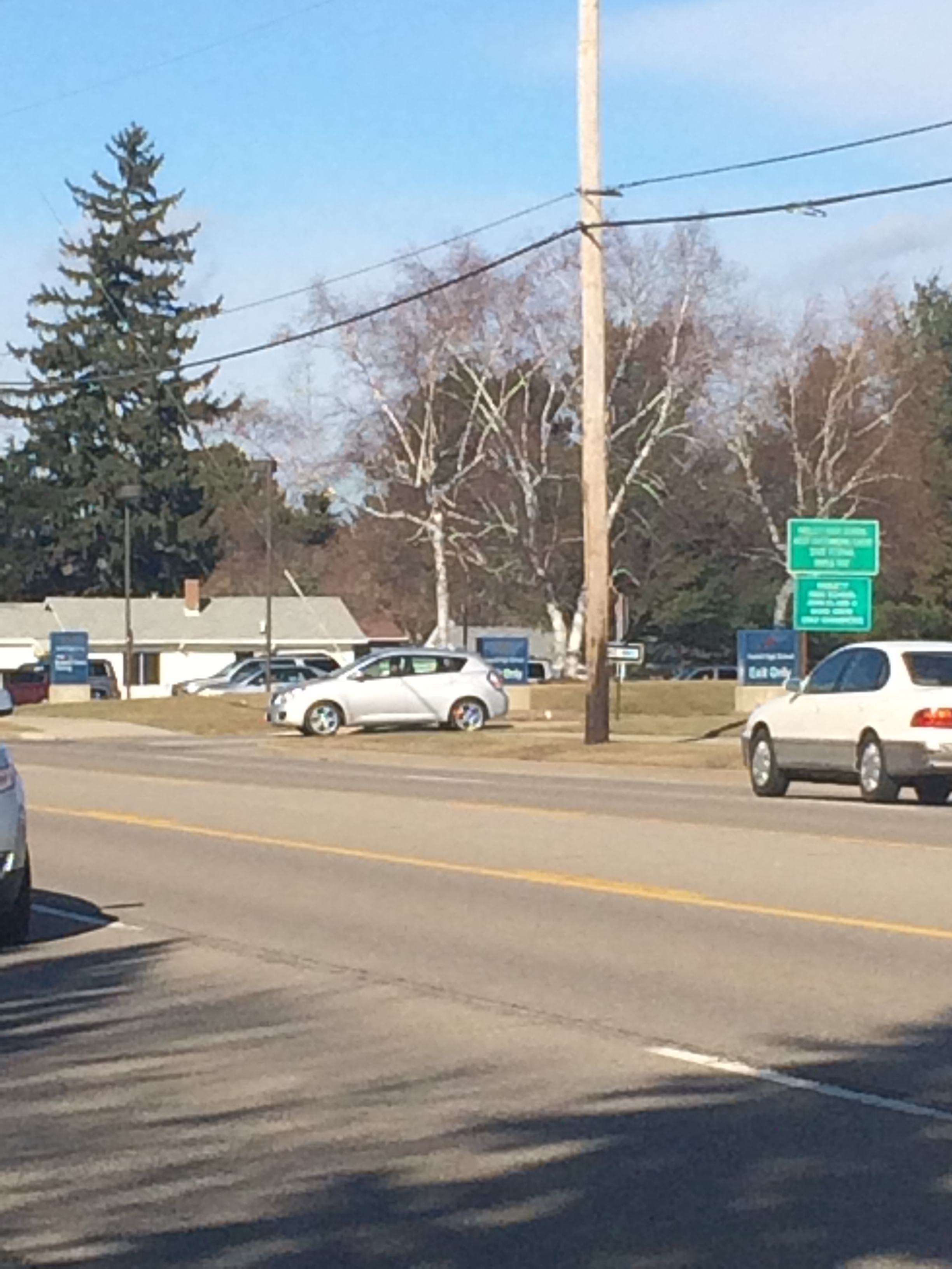 Study Concludes No New Traffic Signal By Haslett High School