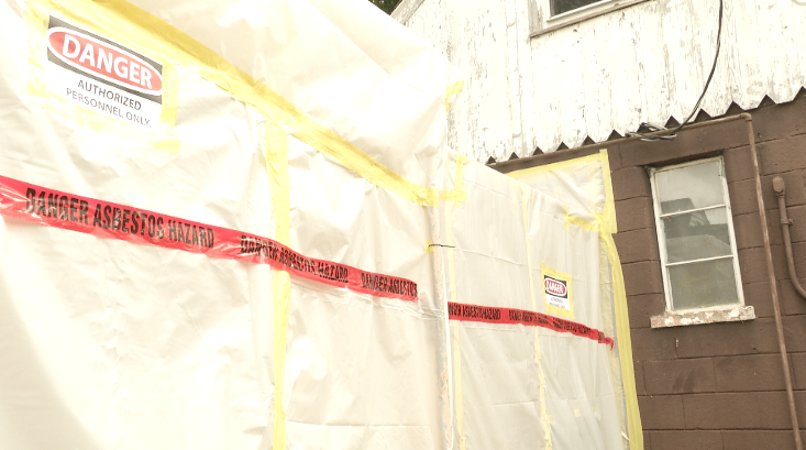 Asbestos Removal Has Little Risk, If 